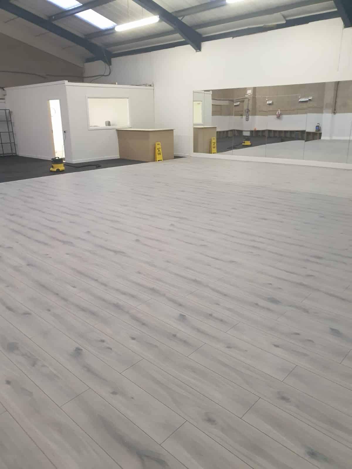 dance-floor-installation00024